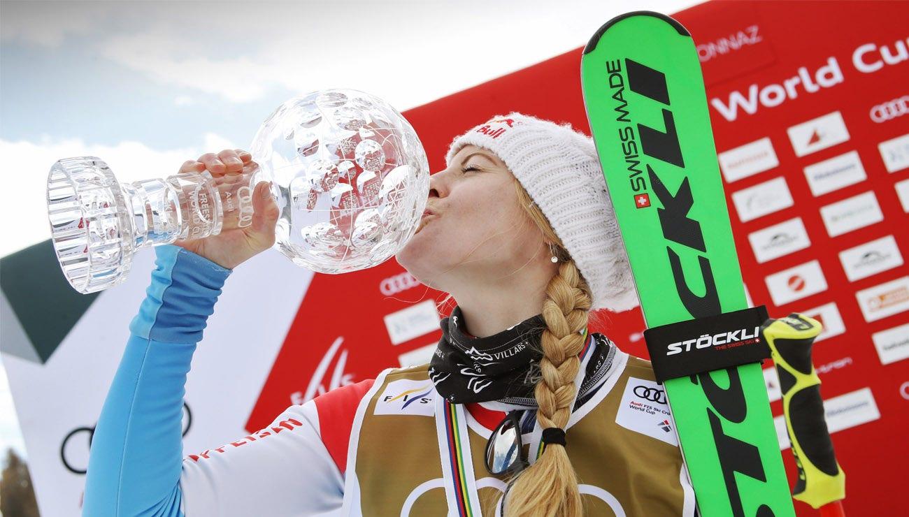 Fanny Smith holt den Sieg im Gesamt-Weltcup